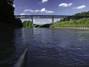 Die Großhesseloher Brücke - ein Koloß aus Stahl